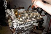 Engine repair expert. Ask about engine mechanical repair and diagnosis.